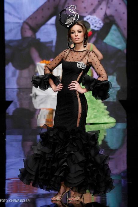 Desfile de trajes de flamenca Romy. Salamanca - YouTube