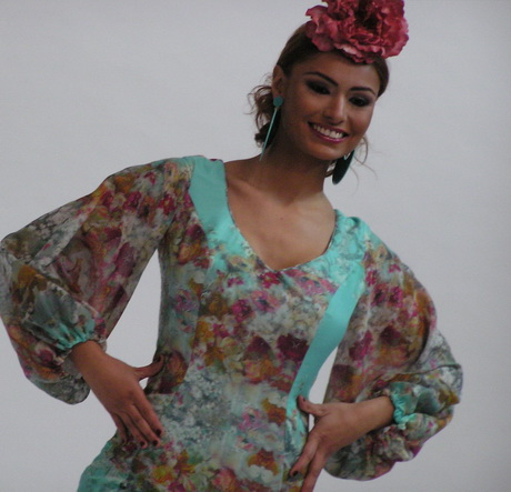 Simof 2014. Fotografías de los desfiles de Moda Flamenca y