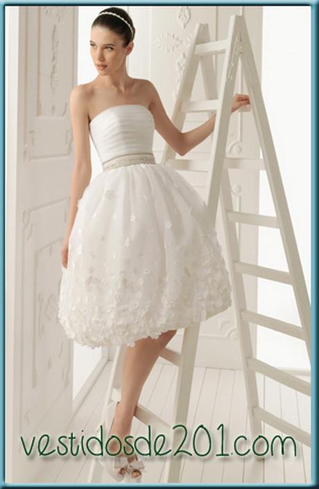 Bajo vestido blanco de universitaria - 1 part 5