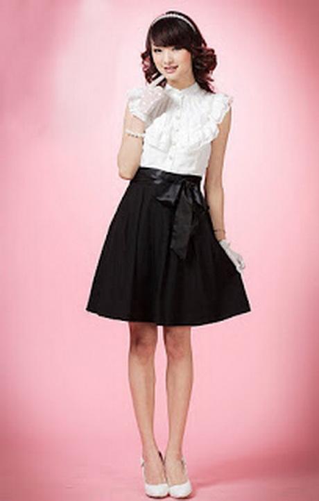 Vestidos curtos de capulana, a moda das estampas fortes