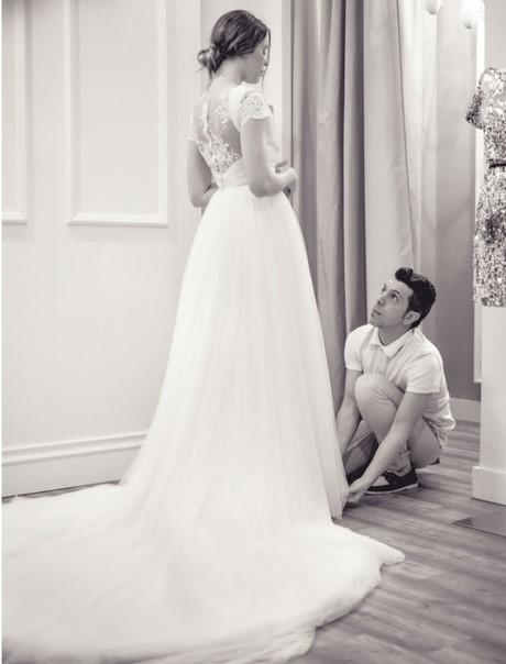 Vestidos de novia de dise adores espa oles - Herreros en sevilla ...